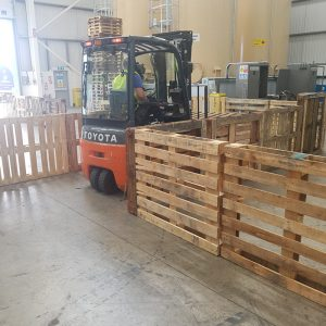 Forklift training with pallets